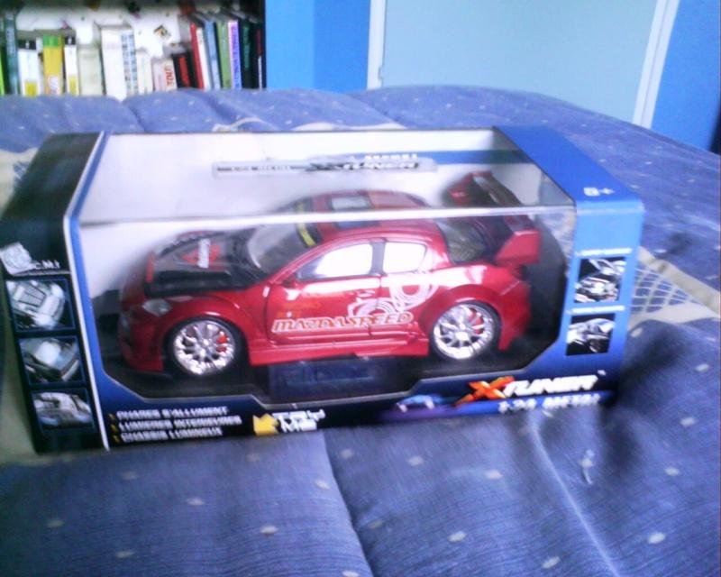 collectionneur de voitures miniatures - Page 2 Img01416