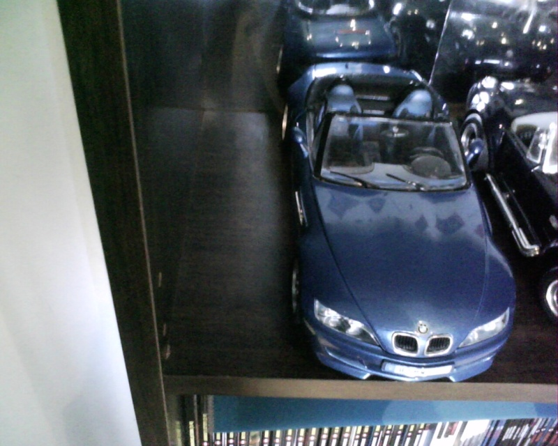 collectionneur de voitures miniatures - Page 2 Img01417
