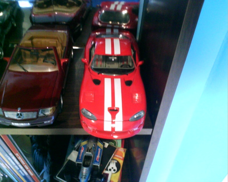 collectionneur de voitures miniatures - Page 2 Img01512