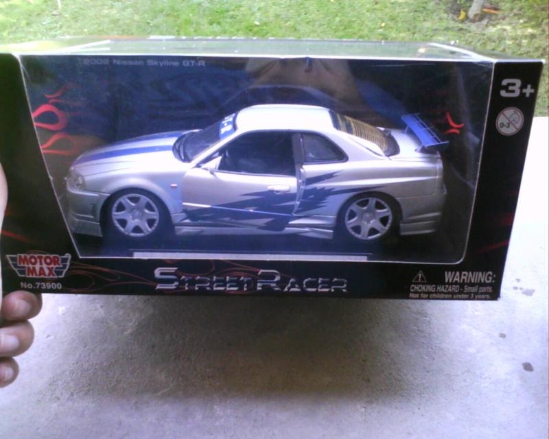 collectionneur de voitures miniatures - Page 2 Img01610