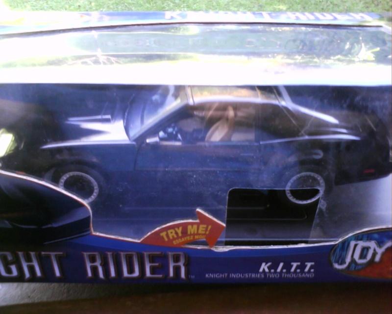 collectionneur de voitures miniatures - Page 2 Img01711
