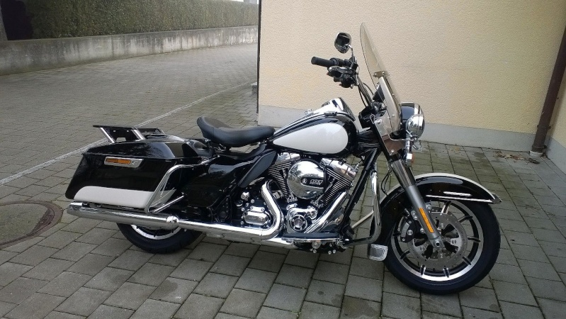 ESSAI du ROAD KING SPECIAL POLICE 2011 Wp_20110