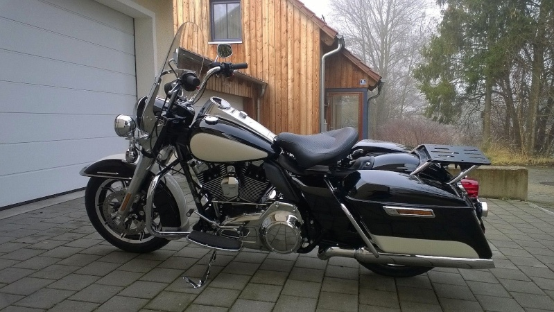 ESSAI du ROAD KING SPECIAL POLICE 2011 Wp_20112