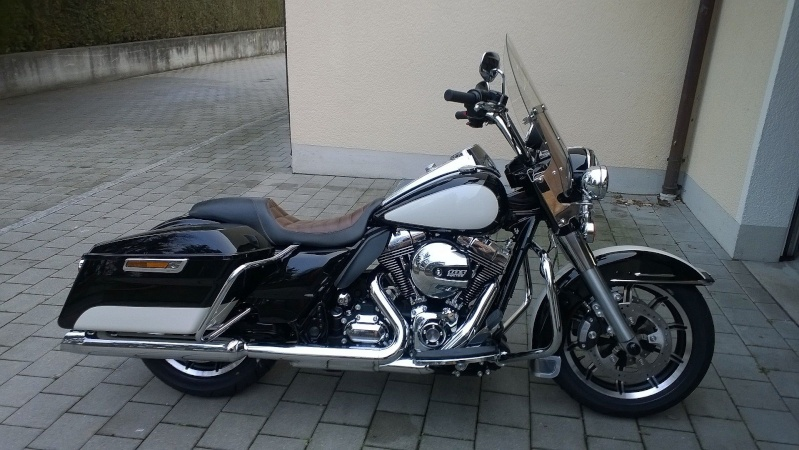 ESSAI du ROAD KING SPECIAL POLICE 2011 Wp_20114