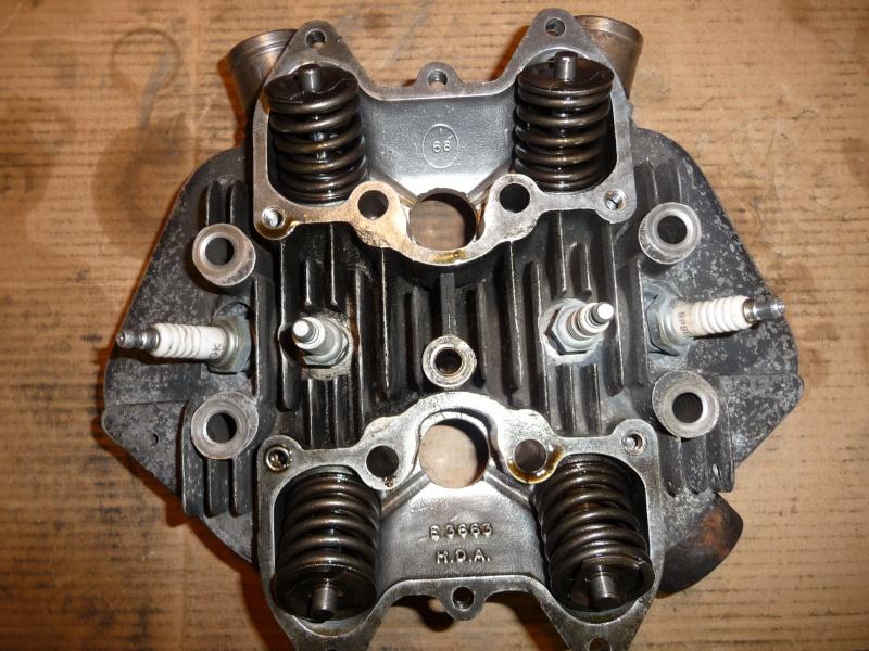 Deux cylindres ,trois roues - Page 2 P1130110