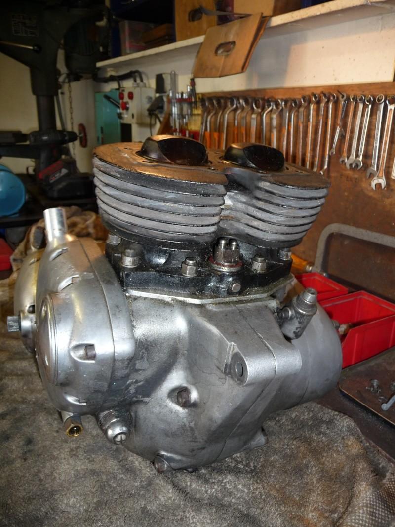 Deux cylindres ,trois roues - Page 2 P1130112