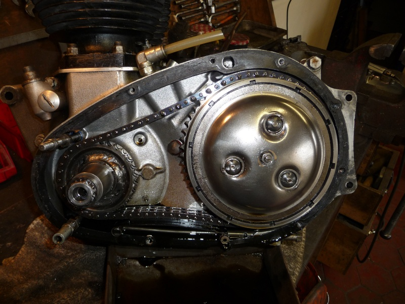 Deux cylindres ,trois roues - Page 2 P1130114