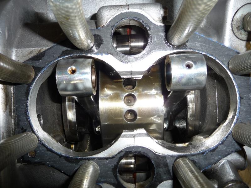 Deux cylindres ,trois roues - Page 2 P1130117
