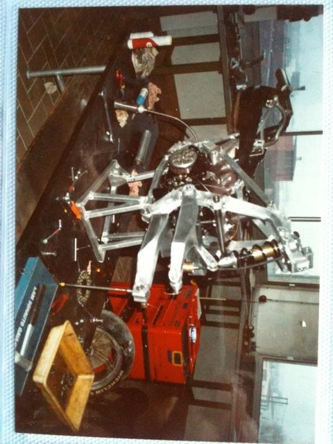 restauration d'un 900/1100 ZR godier genoud - Page 4 Img_2216