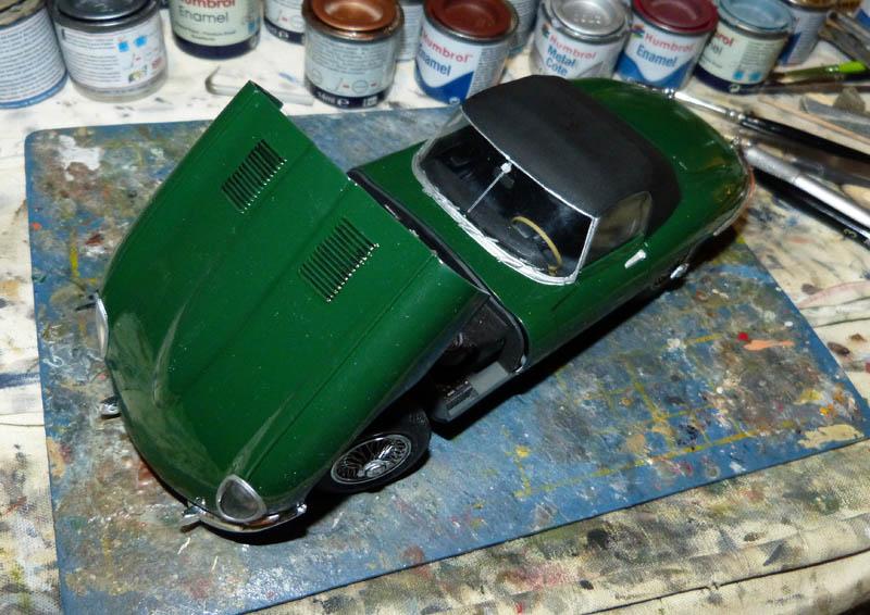 JAGUAR Type E Cabriolet - 1/24. Jaguar24
