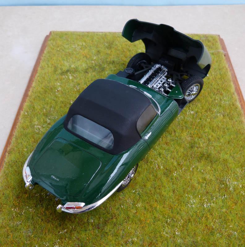 JAGUAR Type E Cabriolet - 1/24. Jaguar27