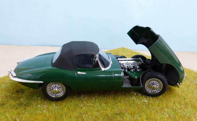 JAGUAR Type E Cabriolet - 1/24. Jaguar28