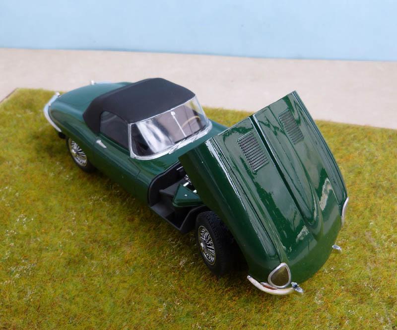 JAGUAR Type E Cabriolet - 1/24. Jaguar30