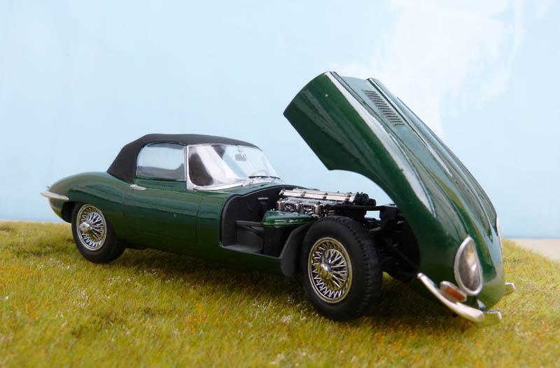 JAGUAR Type E Cabriolet - 1/24. Jaguar35