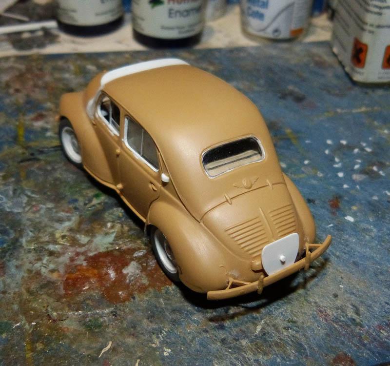 """[1/43] Renault 4CV """"Taxi de Saigon"""" TERMINE ! - Page 2 Taxisa15"""
