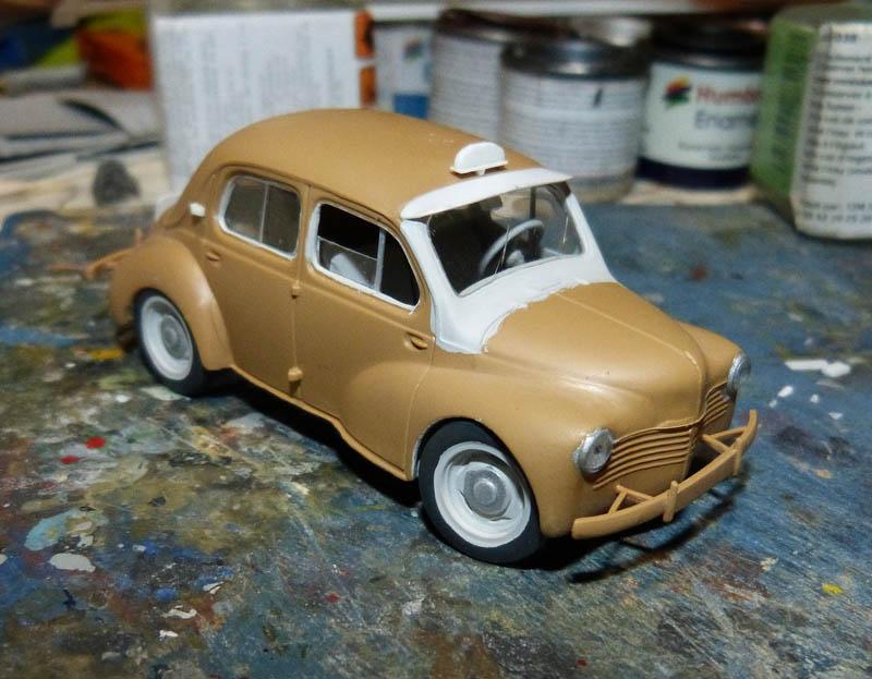 """[1/43] Renault 4CV """"Taxi de Saigon"""" TERMINE ! - Page 2 Taxisa17"""