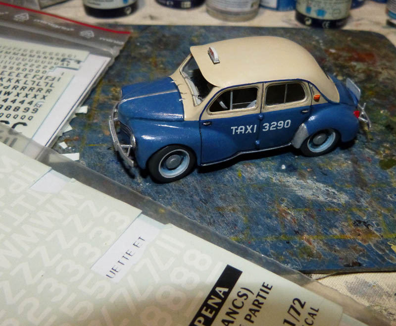"""[1/43] Renault 4CV """"Taxi de Saigon"""" TERMINE ! - Page 2 Taxisa27"""