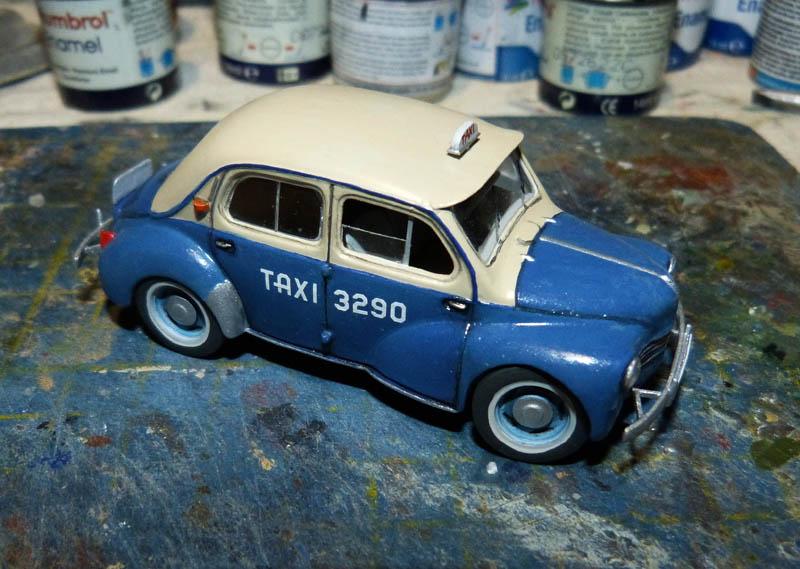 """[1/43] Renault 4CV """"Taxi de Saigon"""" TERMINE ! - Page 2 Taxisa30"""
