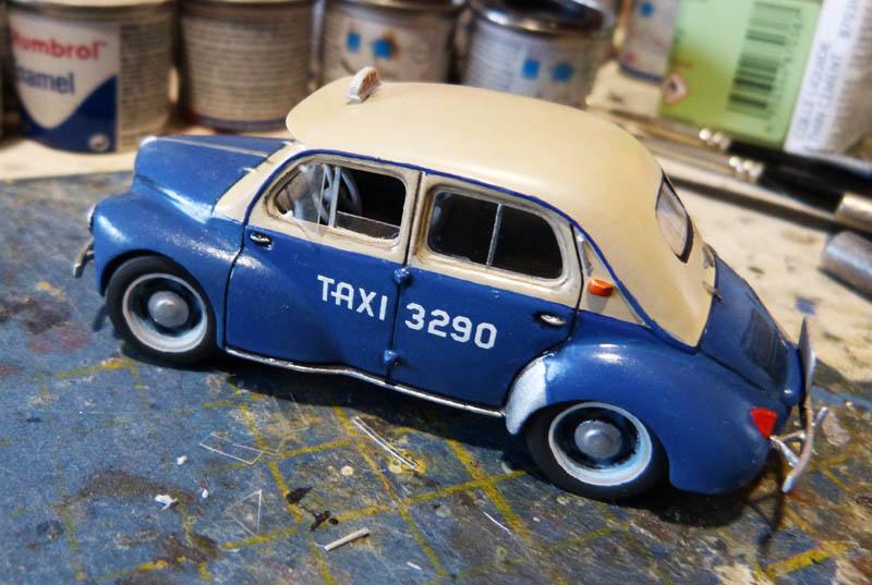 """[1/43] Renault 4CV """"Taxi de Saigon"""" TERMINE ! - Page 2 Taxisa33"""