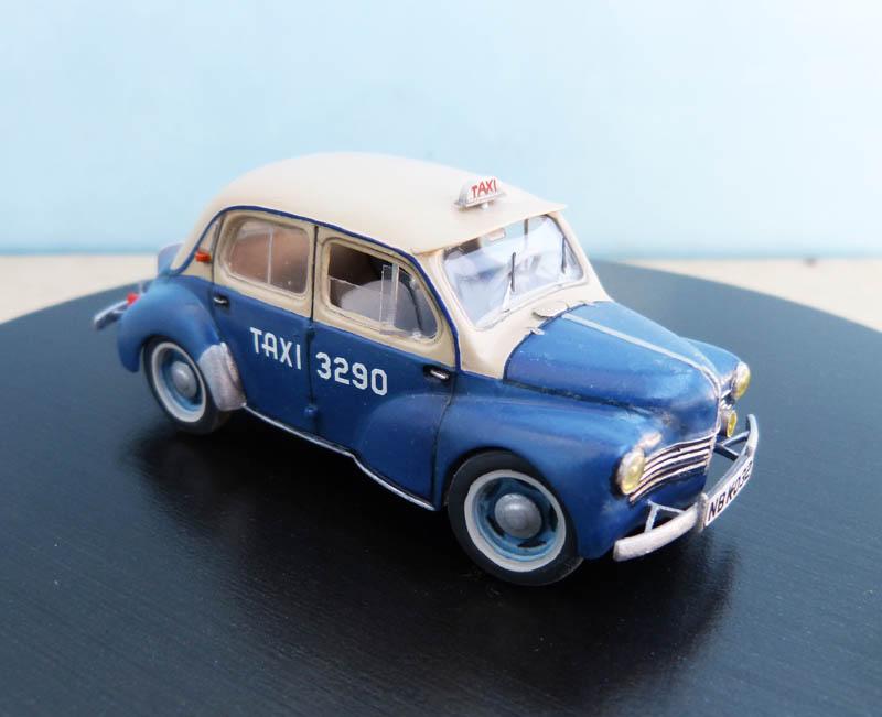 """[1/43] Renault 4CV """"Taxi de Saigon"""" TERMINE ! - Page 2 Taxisa42"""