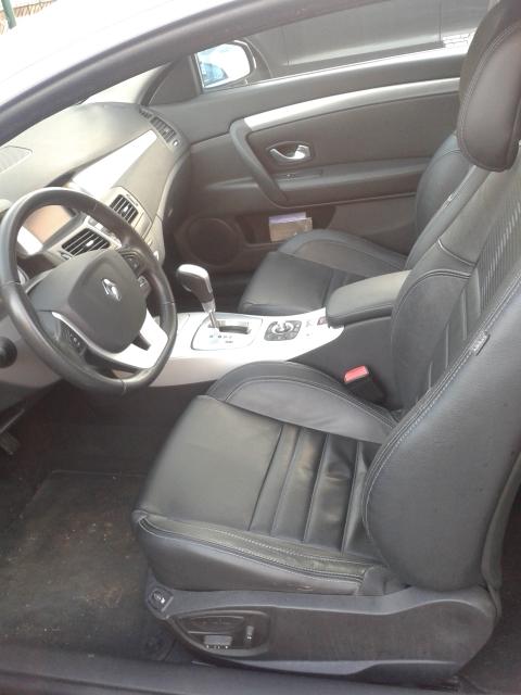 [LAGUNAGT] Laguna III.1 coupé 3.5L V6 Initiale 4control 20160111