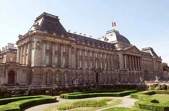 Résidence royale : Château du Belvédère Brusse10