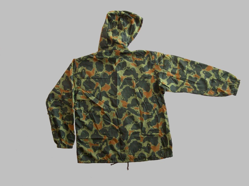 paratrooper garment camouflage build in parachute material 100_9011