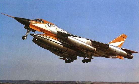 Pas-à-pas : Convair B-58 Hustler [Italeri 1/72] - Page 2 B58-710