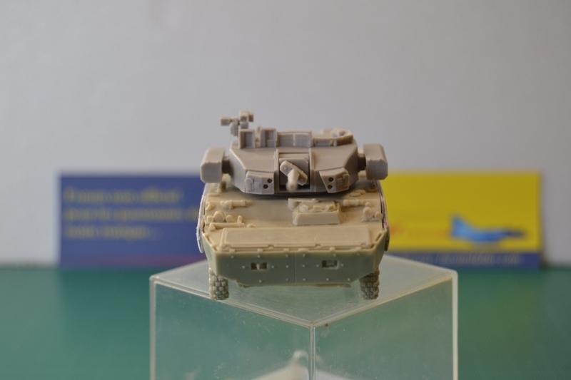 Démonstrateur NEXTER  T-40 [ ADV Mini & Sharkit - 1/72°] Dsc_0043