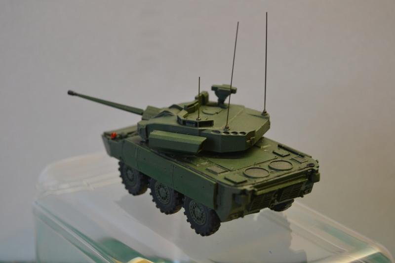 Démonstrateur NEXTER  T-40 [ ADV Mini & Sharkit - 1/72°] - Page 2 Dsc_0134