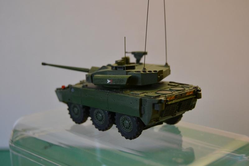 Démonstrateur NEXTER  T-40 [ ADV Mini & Sharkit - 1/72°] - Page 2 Dsc_0159