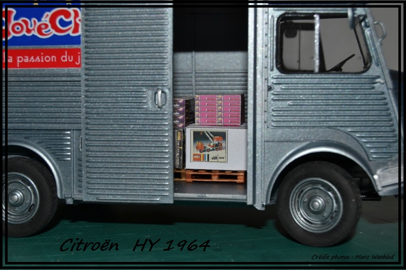 "[Heller] - Citroën  HY - 1964 - ""Jouéclub""  Dsc_0227"