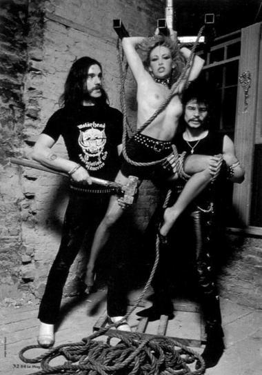 MOTÖRHEAD - Page 10 Lemmy116