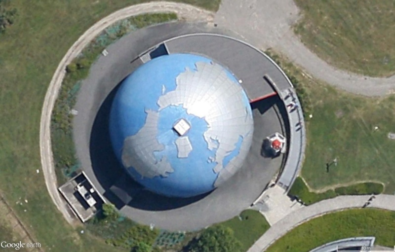 Globes terrestres visibles depuis les cieux Sans_337
