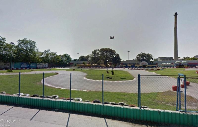 Circuit de kart à Plovdiv (Bulgarie) avec une jolie sortie de piste à la clé ! Sans_t39