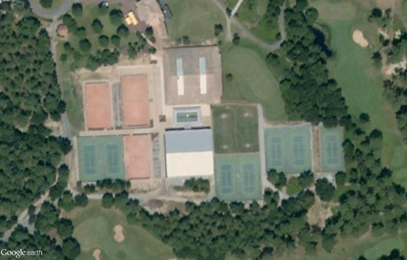 Courts de tennis en herbe Sans_t76