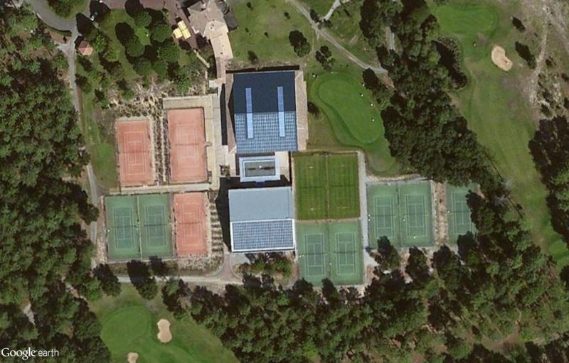 Courts de tennis en herbe Sans_t77