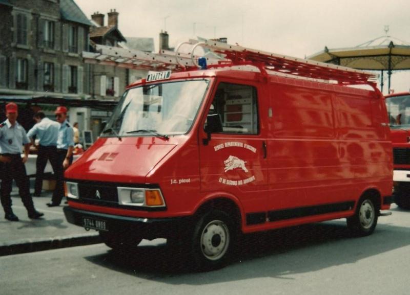 Les pompiers des Ardennes aiment CITROËN 2252