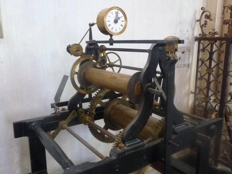 EGLISE : horloge astronomique Horlog10