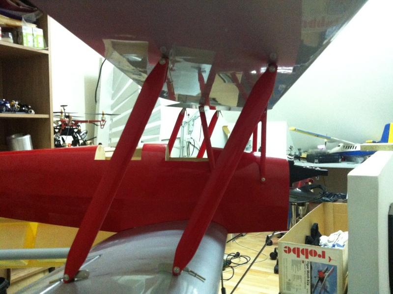 "Le nouveau venu! ""Tiger Moth + SAITO 20cc 4tps"" - Page 2 Img_1114"