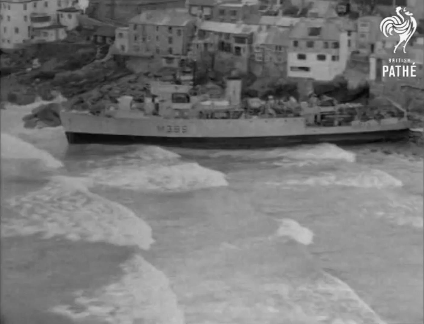 Echouage d'une Algérine britannique en 1952 ! Alger210