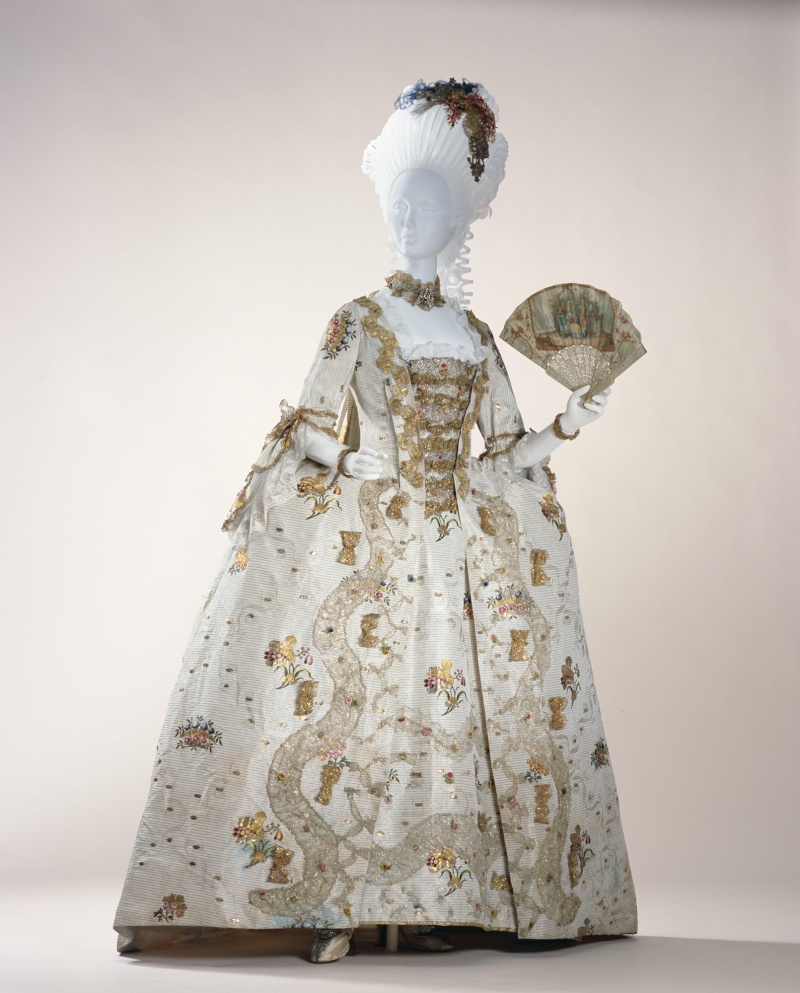[Vaux 2015] Robe à la française & robe XVIIIe 12_xl_10