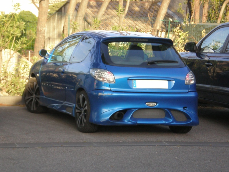 pc av et arr 206 type carzone P5030010