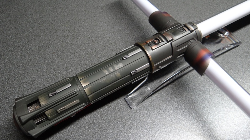 "Sabre Laser FORCE FX  ""KYLO REN""  Dsc05214"