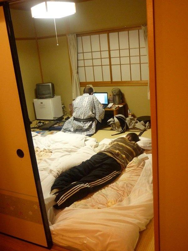 Lost in Japan : Les Aventures de Wolfi (et Ptit Lion et Mattthieu) au Pays du Soleil Levant (mise à jour 27/05/18 : Tokyo Disneyland !) P1030115