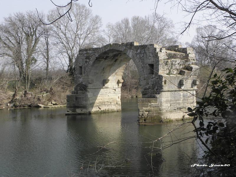 Le pont romain d'Ambrussum à Villetelle (34) 04-p3110