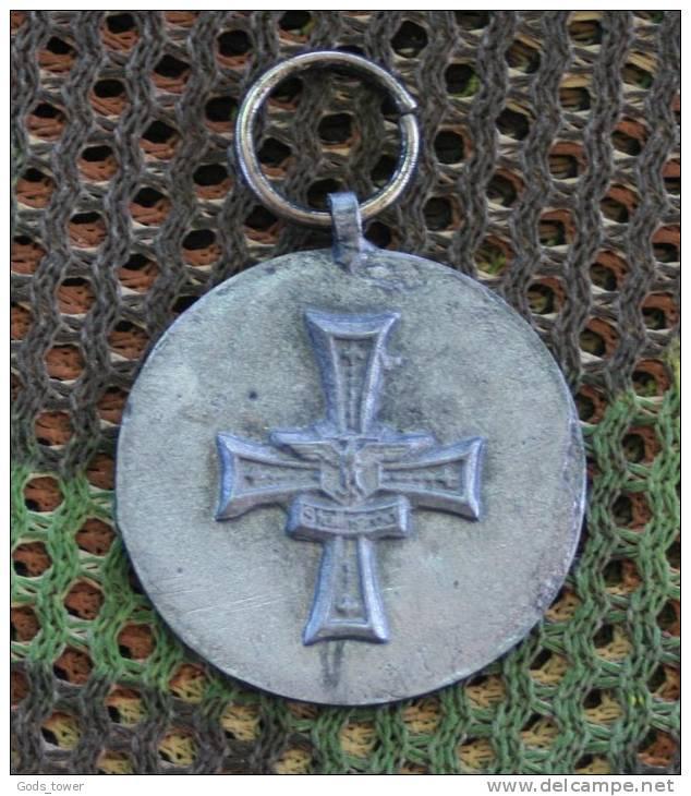La médaille de Stalingrad...  467_0011
