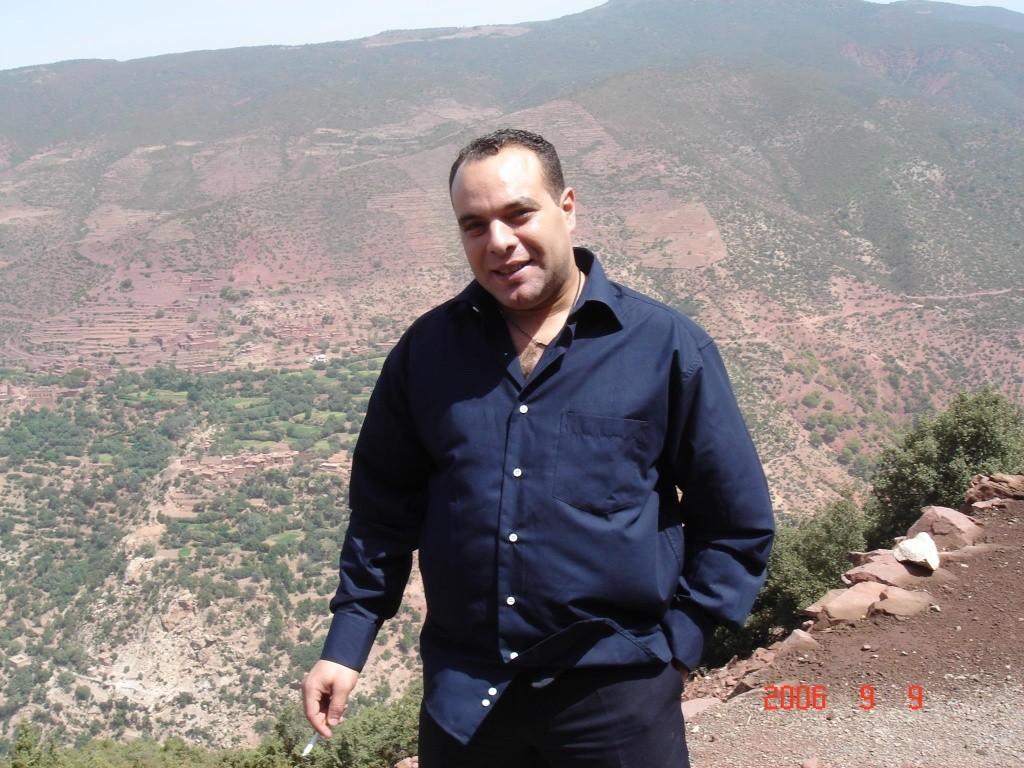Biographie sommaire de l'Administrateur du Forum Dr IDRISSI MY AHMED 82351011