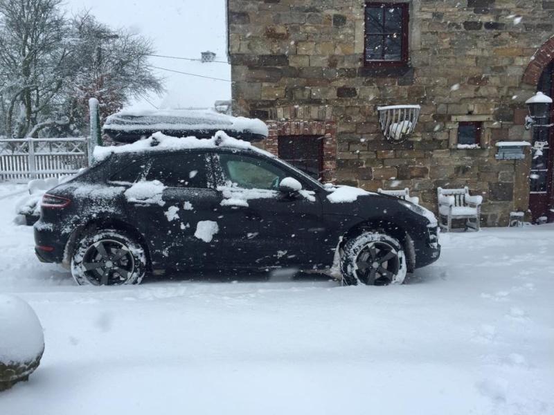 Porsche en hiver 12400614