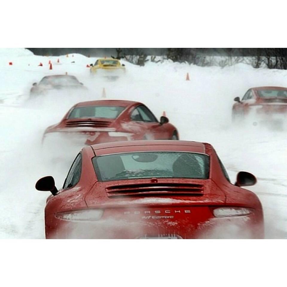 Porsche en hiver - Page 2 12654610